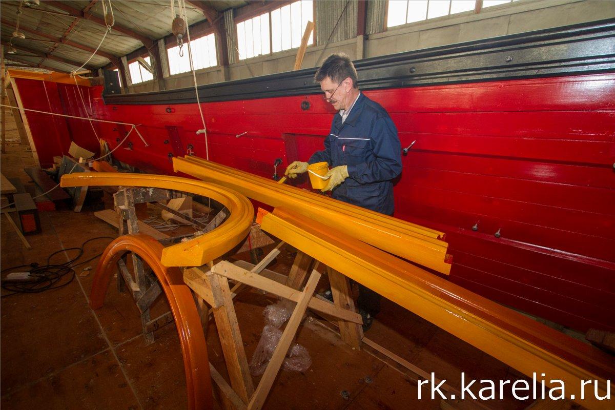 Конструкция корабля состоит из тысяч различных деталей. Фото: Виталий Голубев