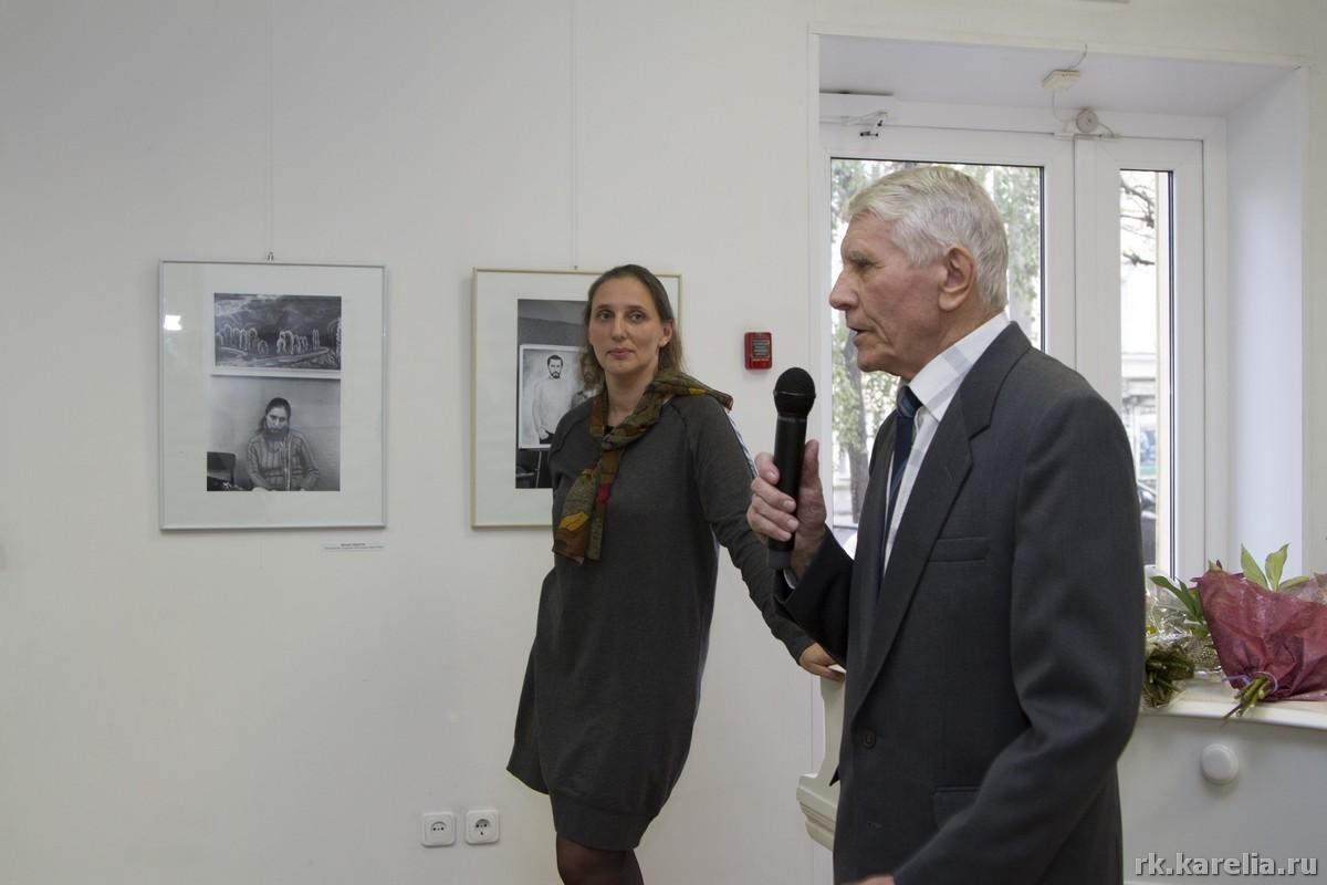 Директор Городского выставочного зала Мария Юфа и Михаил Федоров
