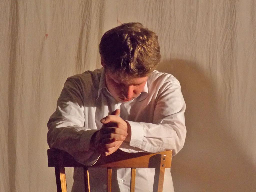 Премьера литературного спектакля «Агония души» театра-студии «Миракль», Петрозаводск