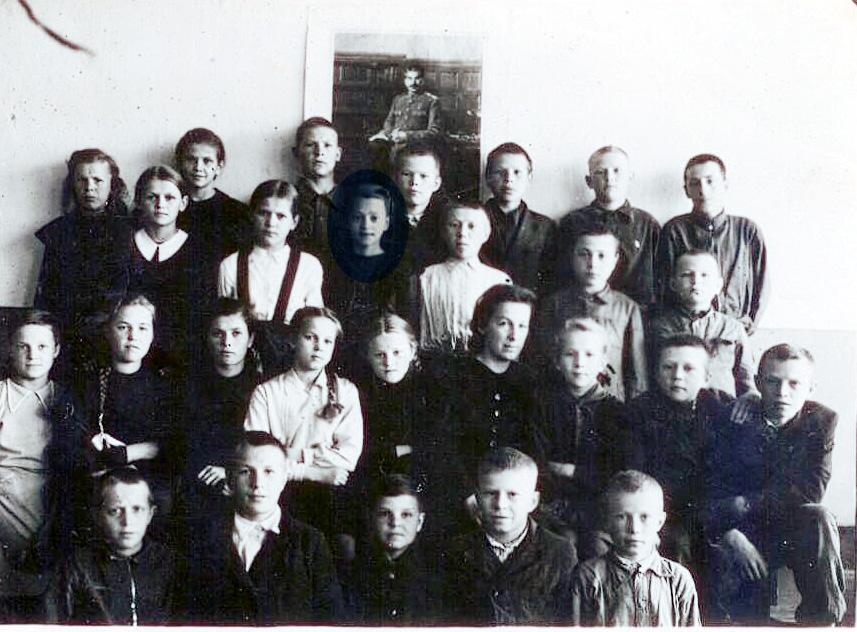 6Б класс школы №2 Петрозаводска, 1949 год