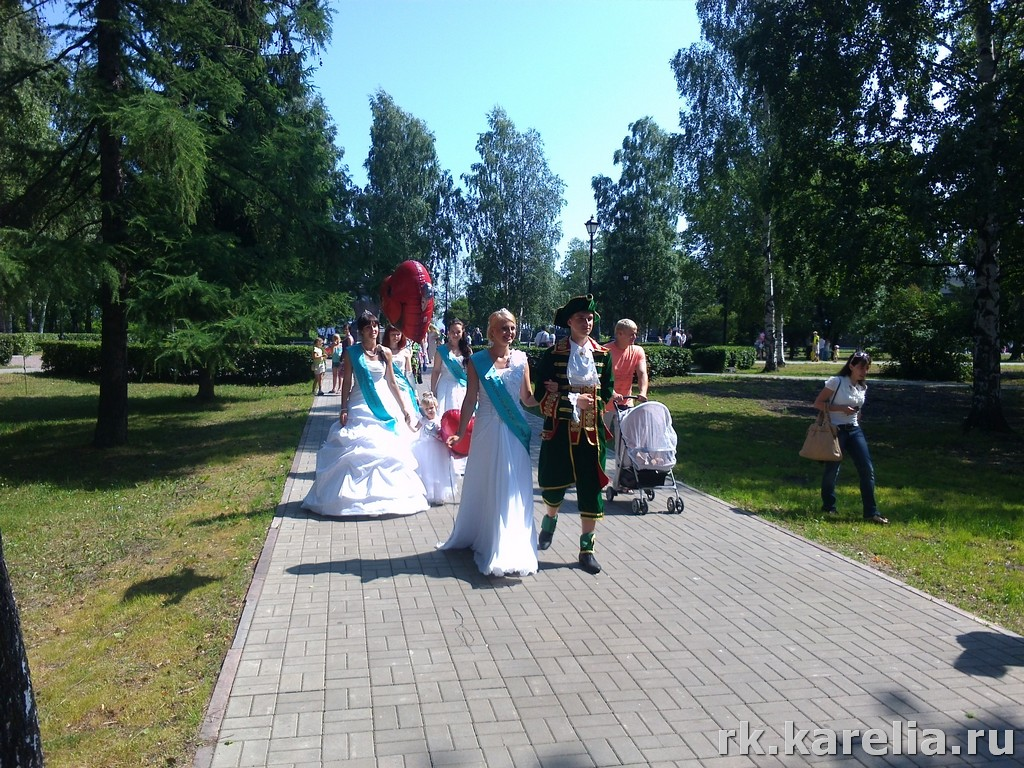 парад невест в Петрозаводске