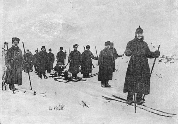 Лыжная пулеметная команда на Карельском фронте в 1922 года.