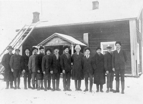 Временное правительство Карелии, министры и чиновники. Суомуссалми. 1920 год.