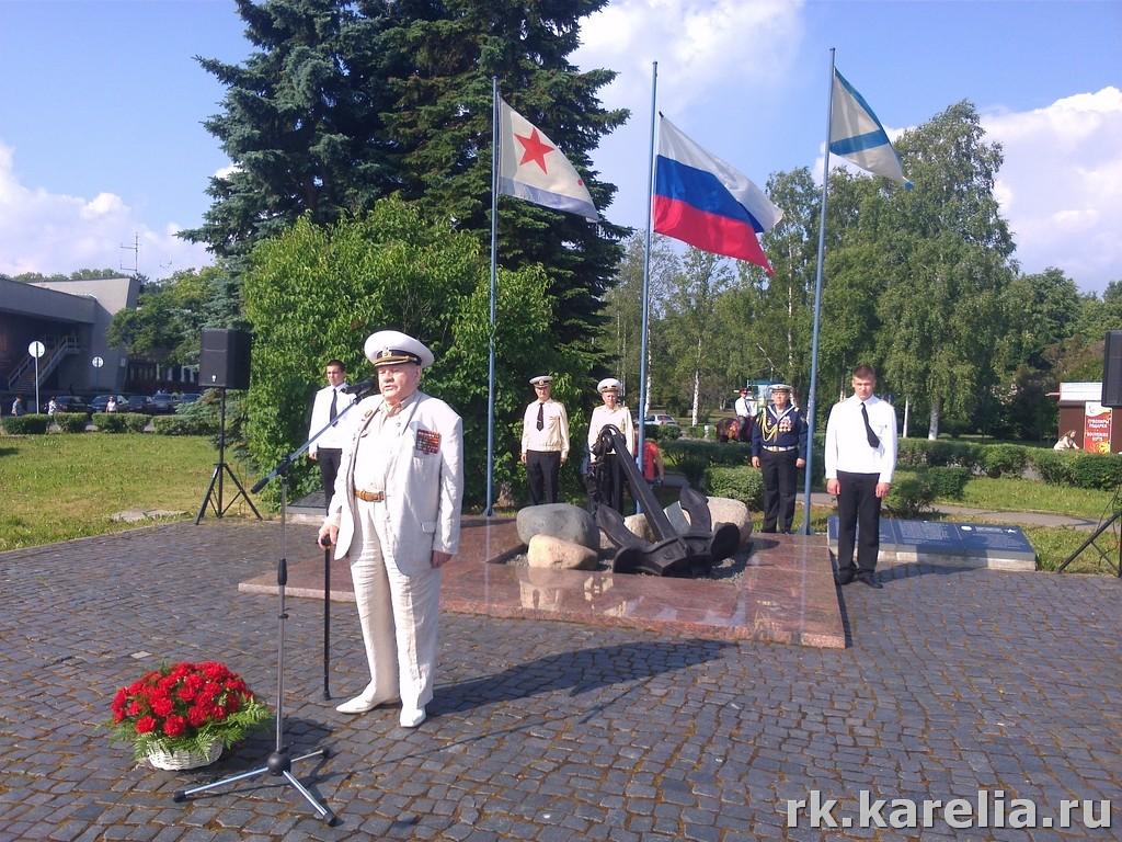представитель карельского землячества в Москве, почетный гражданин Петрозаводска, ветеран Великой отечественной войны Владимир Минаров
