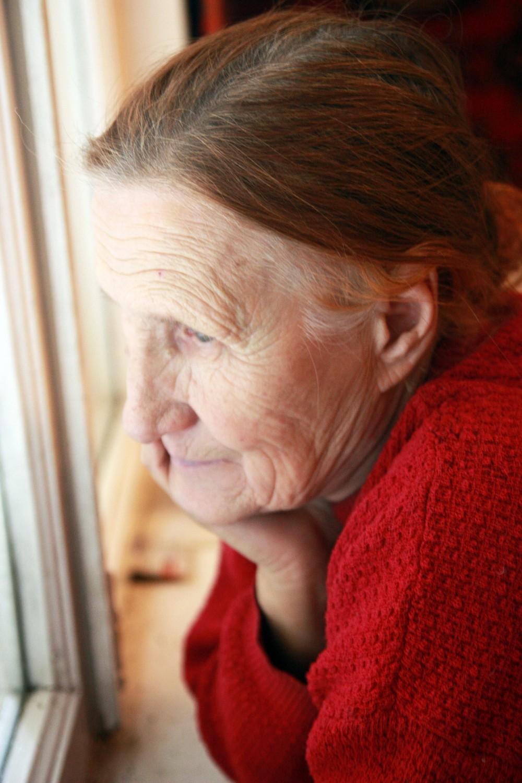 Раком пожилую женщины бабушку 1 фотография