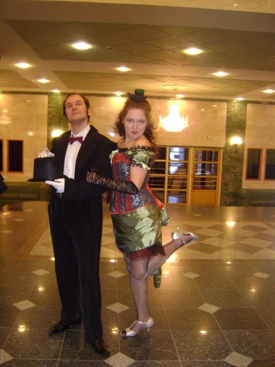 Рома и Оксана Унукайнены на одном из балов.