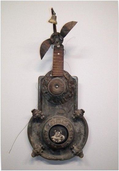 """Инструмент с выставки """"Звучащее вещество"""""""