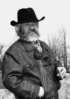 В Карелии на 60-м году жизни скончался скульптор и писатель Григорий Салтуп
