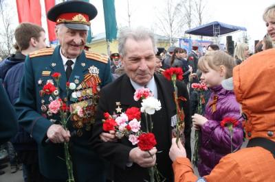 Военный парад в честь Дня Победы в Петрозаводске собрал десять тысяч зрителей. ФОТО. ВИДЕО