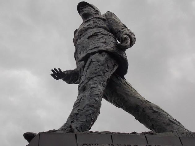 Памятник де Голлю