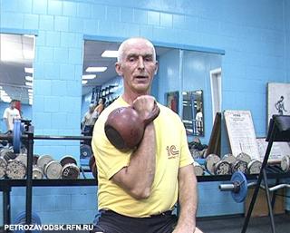 Многократный чемпион мира по гиревому спорту Леонид Сподаренко http://petrozavodsk.rfn.ru