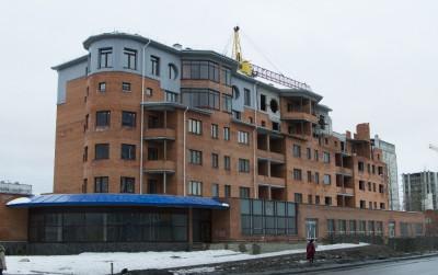 Недостроенный дом на улице Ватутина. Петрозаводск. Фото: Виталий Голубев.